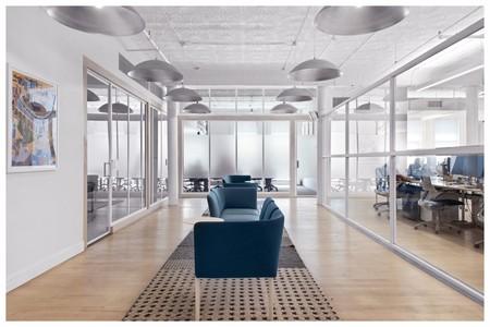 quatre conceptions de grands bureaux commerciaux qui montrent que les tapis sont revenus 5e5bb694cf508 - Quatre conceptions de grands bureaux commerciaux, qui montrent que les tapis sont revenus