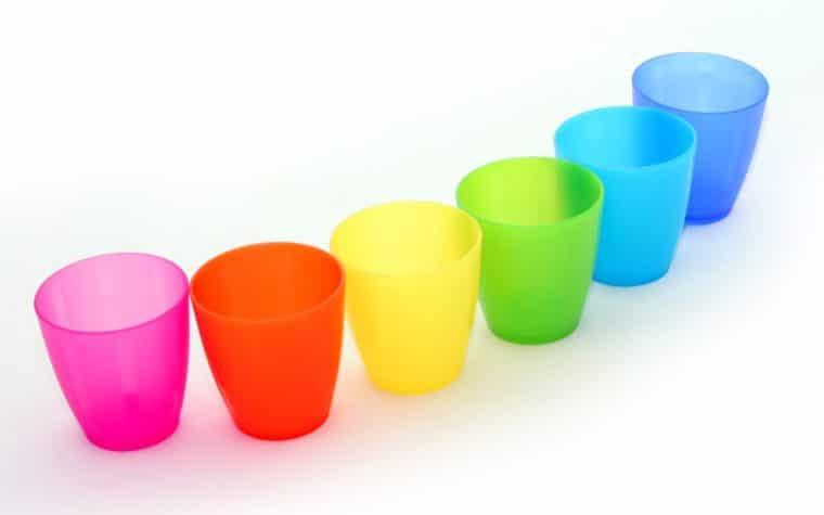 Le recyclage ou la réutilisation des gobelet plastique