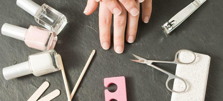 Comment prendre soin de vos ongles à la maison?