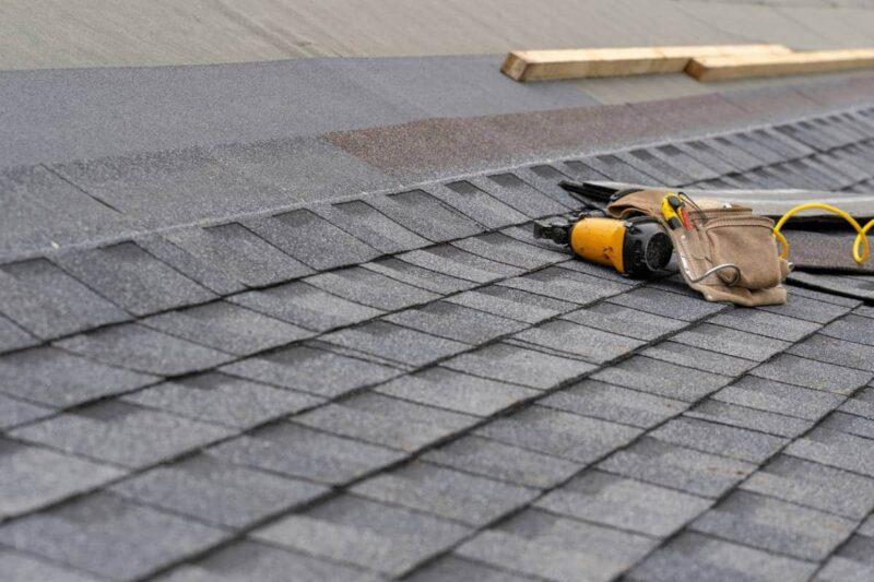 remplacement renovation toiture 800x533 - Rénovation ou remplacement de la toiture ?
