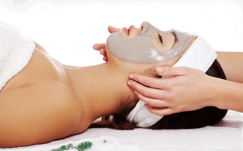 Que fait un soin du visage? (Et comment se préparer pour votre premier soin)