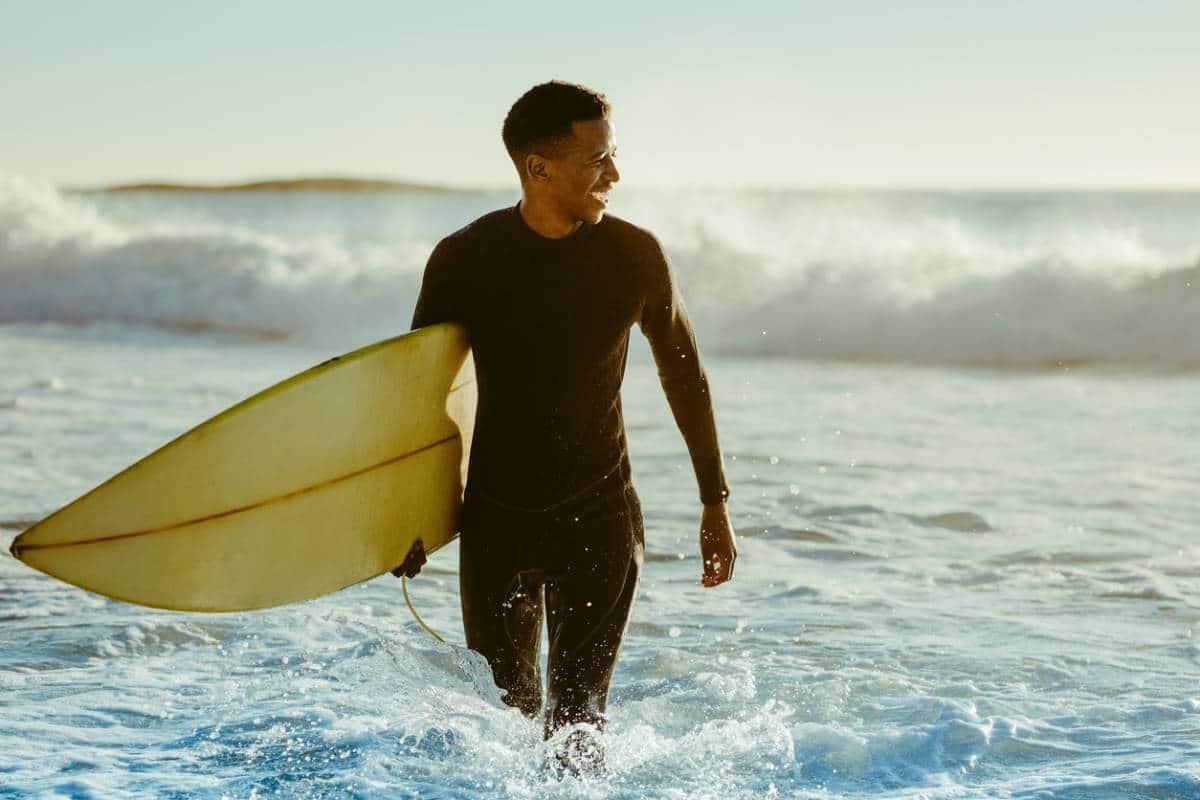 Comment progresser en surf en un mois ?