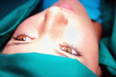 rhinoplastie ben etre 400x268 - La chirurgie pour se sentir mieux dans son corps et son esprit, pourquoi pas?