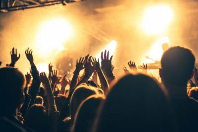 media associative organiser 400x267 - Comment organiser une fête associative réussie ?