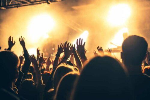 media associative organiser 500x333 - Comment organiser une fête associative réussie ?