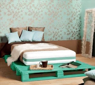 tete lit palette 7 - Tête de lit palette et cadre en bois, matériaux recyclés pour son Bien-Être