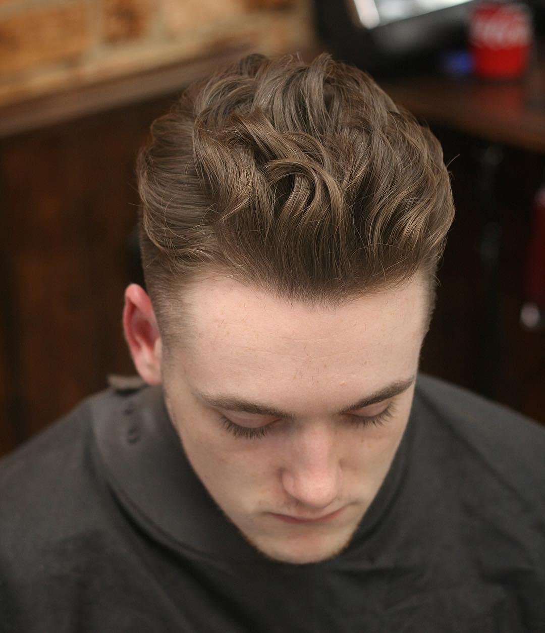 100 coupes de cheveux les plus populaires pour les hommes pour 2020 5f3f760830e5e - 100+ coupes de cheveux les plus populaires pour les hommes pour 2020