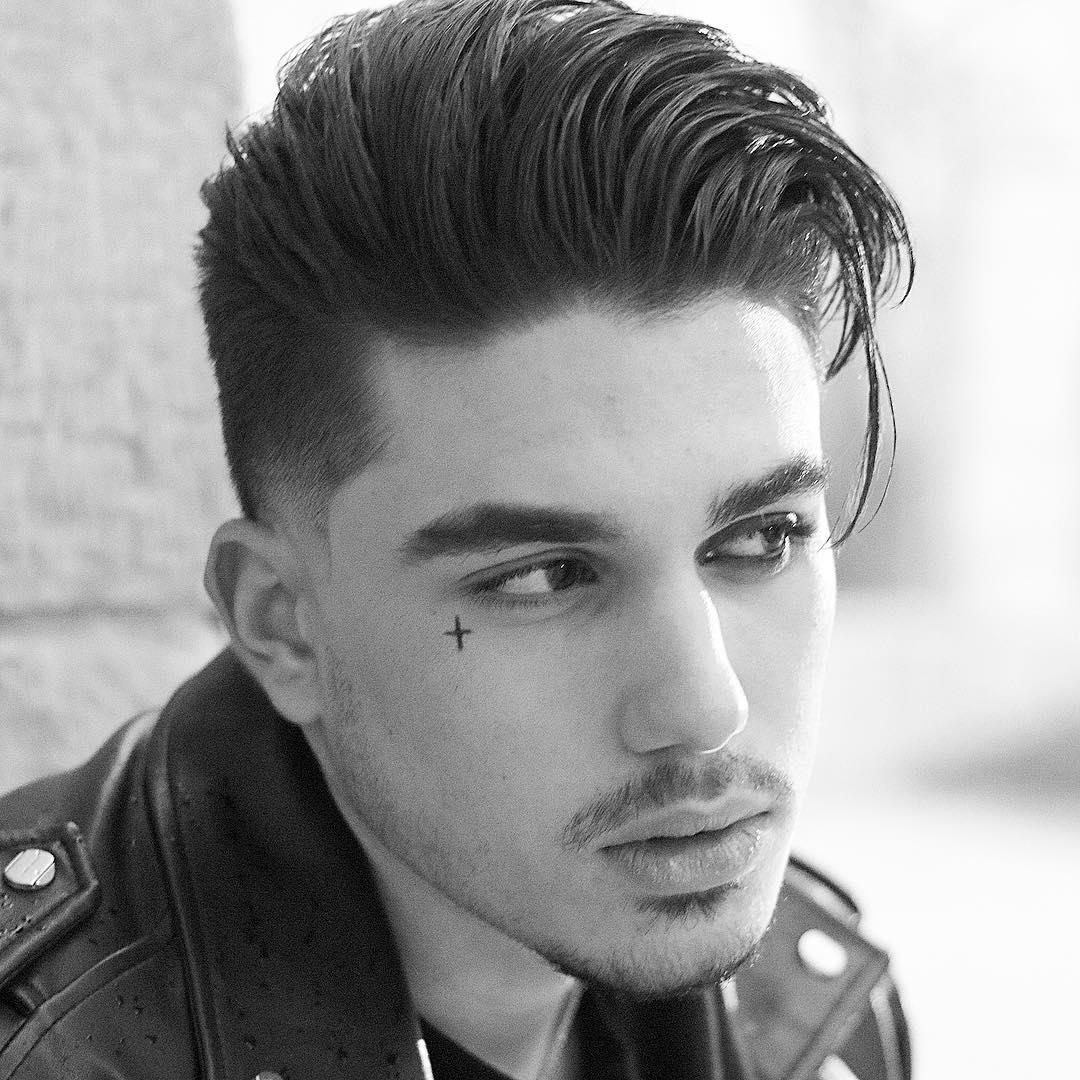 100 coupes de cheveux les plus populaires pour les hommes pour 2020 5f3f76150f8ff - 100+ coupes de cheveux les plus populaires pour les hommes pour 2020