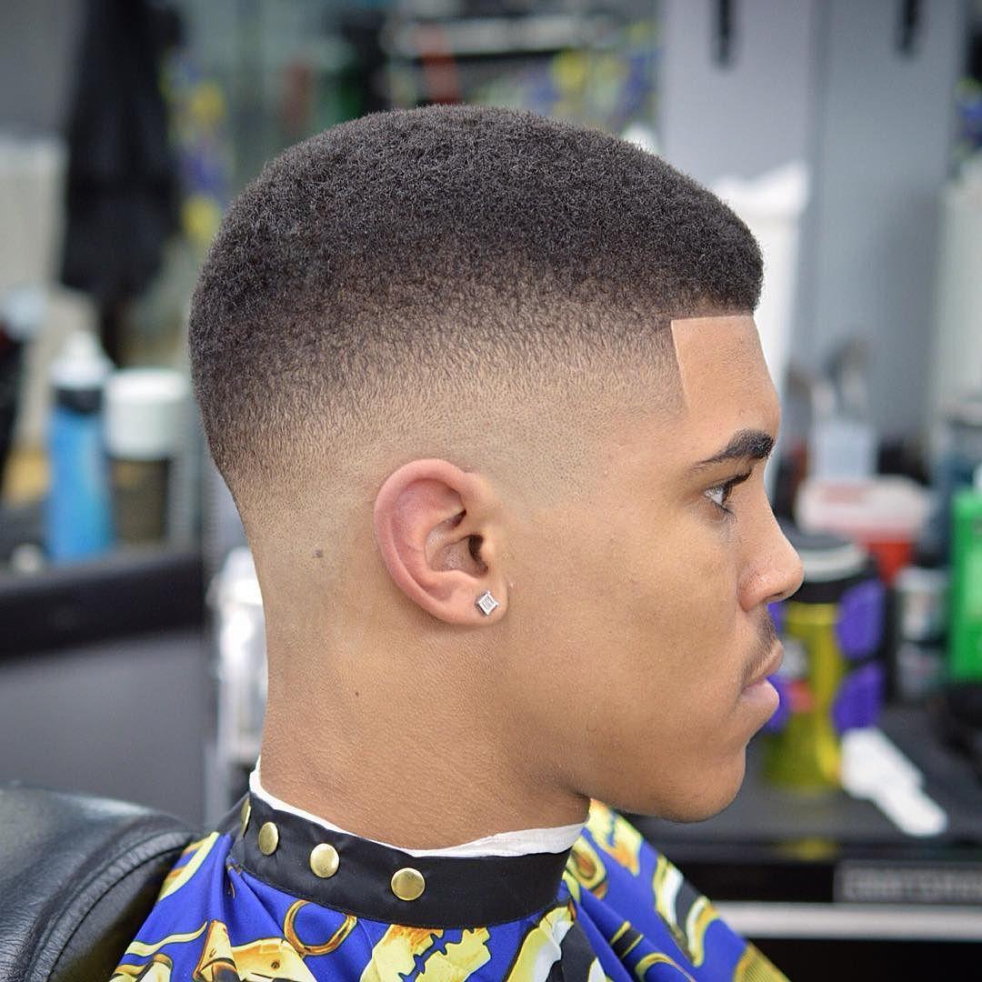 47 coupes de cheveux cool et elegantes pour les hommes noirs a essayer maintenant 5f3f94160f5e9 - 47 coupes de cheveux cool et élégantes pour les hommes noirs à essayer maintenant