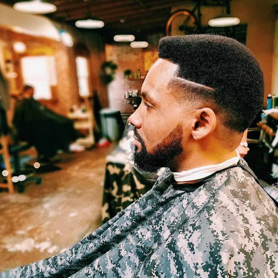 47 coupes de cheveux cool et elegantes pour les hommes noirs a essayer maintenant 5f3f9420cef9f - 47 coupes de cheveux cool et élégantes pour les hommes noirs à essayer maintenant