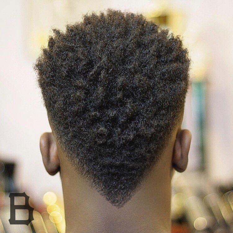 47 coupes de cheveux cool et elegantes pour les hommes noirs a essayer maintenant 5f3f94245c03e - 47 coupes de cheveux cool et élégantes pour les hommes noirs à essayer maintenant
