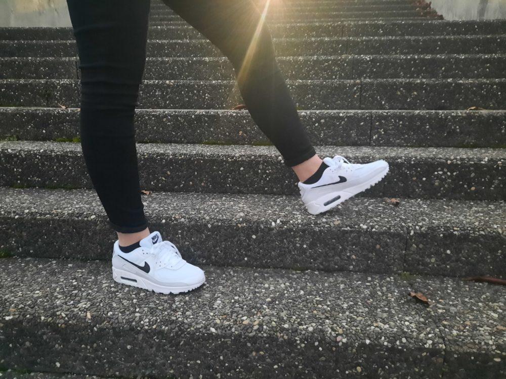 Resized 20201129 165703 e1606746005473 - Bien dans nos sneakers ! On a essayé pour vous les Air Max 90 et les Nike React Vision