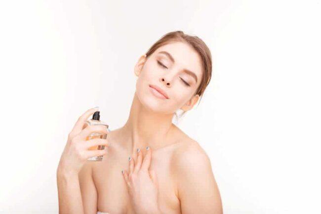 choix parfum femme hiver 650x433 - Choisir le bon parfum pour l'hiver