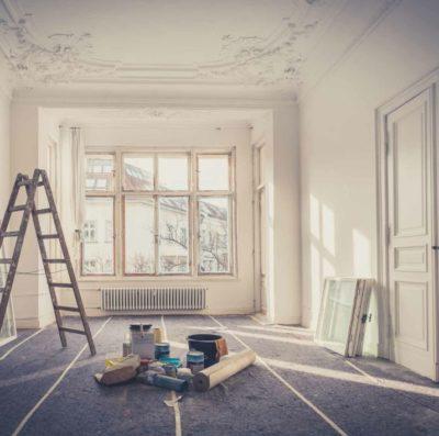 renovation maison piece covid19 400x397 - Reconfinement : profitez de votre temps libre pour effectuer des travaux de rénovation dans votre maison