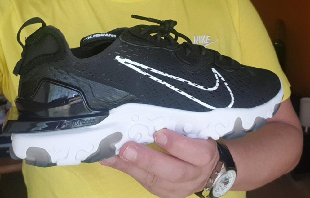 sneakers nike react vision jd sports e1606749456445 - Bien dans nos sneakers ! On a essayé pour vous les Air Max 90 et les Nike React Vision