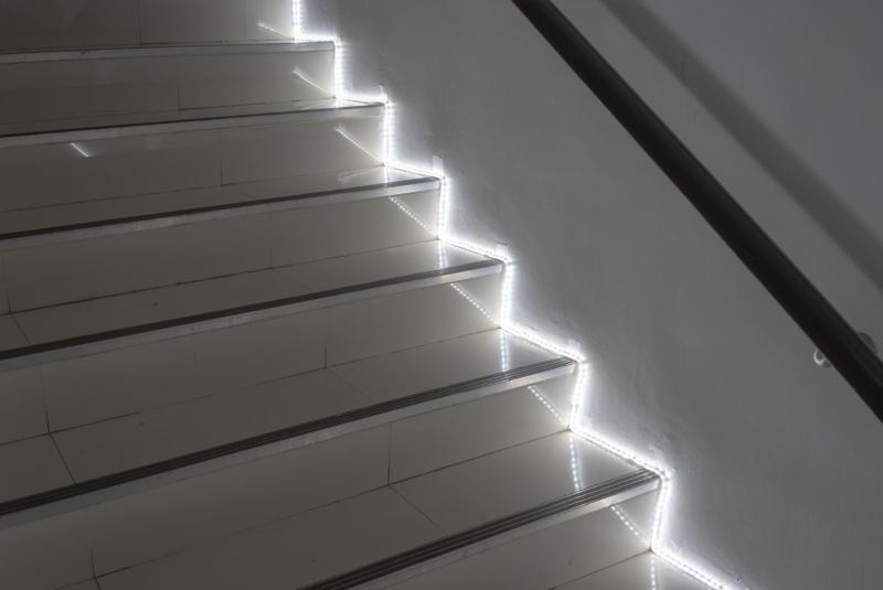 Sans titre - Nos astuces déco pour un éclairage d'escalier moderne et design