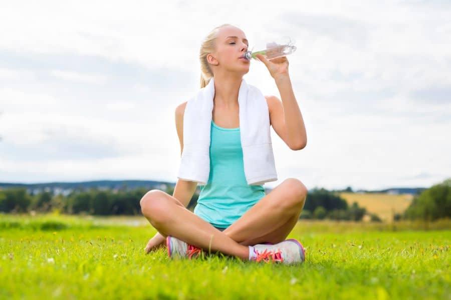 boire eau perte poids - Pourquoi ne puis-je pas perdre du poids? 7 raisons possibles
