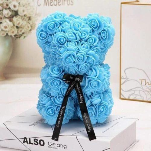 bouquet ours rose bleue saint valentin e1611683766914 - Un nounours en roses comme bouquet fleur en cadeau à Saint-Valentin