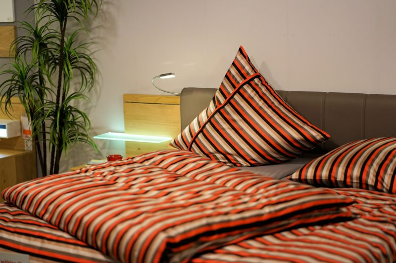 bedroom 3102376 1920 800x533 - Changer de taies d'oreiller pour mieux dormir