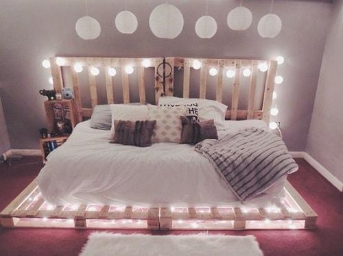 lit palette 602f8b6d792ca - Idées inspiration de chambre à coucher en palette de bois à essayer!