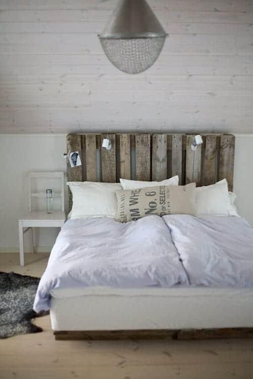 lit palette 602f8b6e8101f - Idées inspiration de chambre à coucher en palette de bois à essayer!