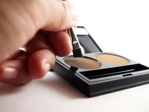 maquillage femmes 50 ans 603271c214c95 - 20 astuces de maquillage faciles pour les femmes de plus de 50 ans