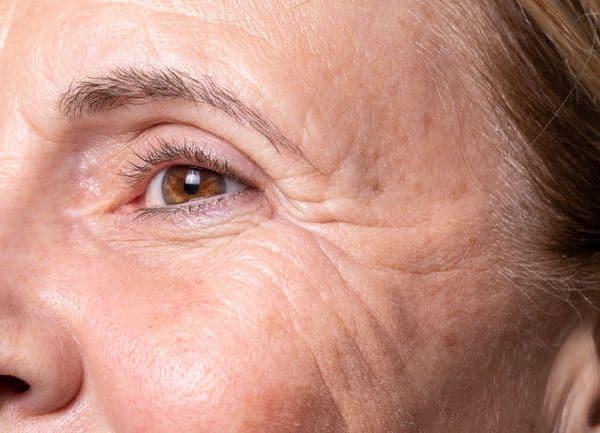 maquillage femmes 50 ans 603271c336b6a - 20 astuces de maquillage faciles pour les femmes de plus de 50 ans