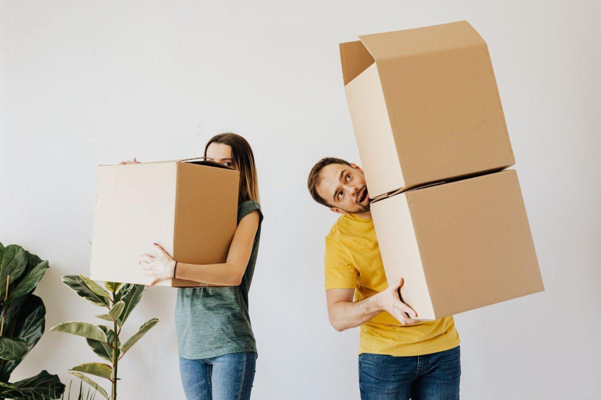 48c4c8a2e804e9a753a1c269610c3fe5 1200x800 - Quelles sont les solutions pour stocker vos meubles ?