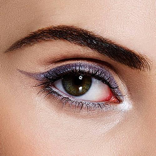 eyeliner aybelline trait - Comment sublimer votre regard avec un trait d'eyeliner Maybelline?
