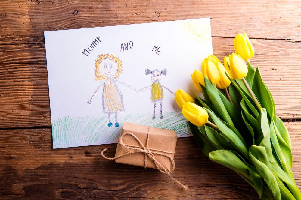 idees cadeaux fetes ueres - Des idées de cadeaux bien-être pour rendre heureuse toutes les mamans