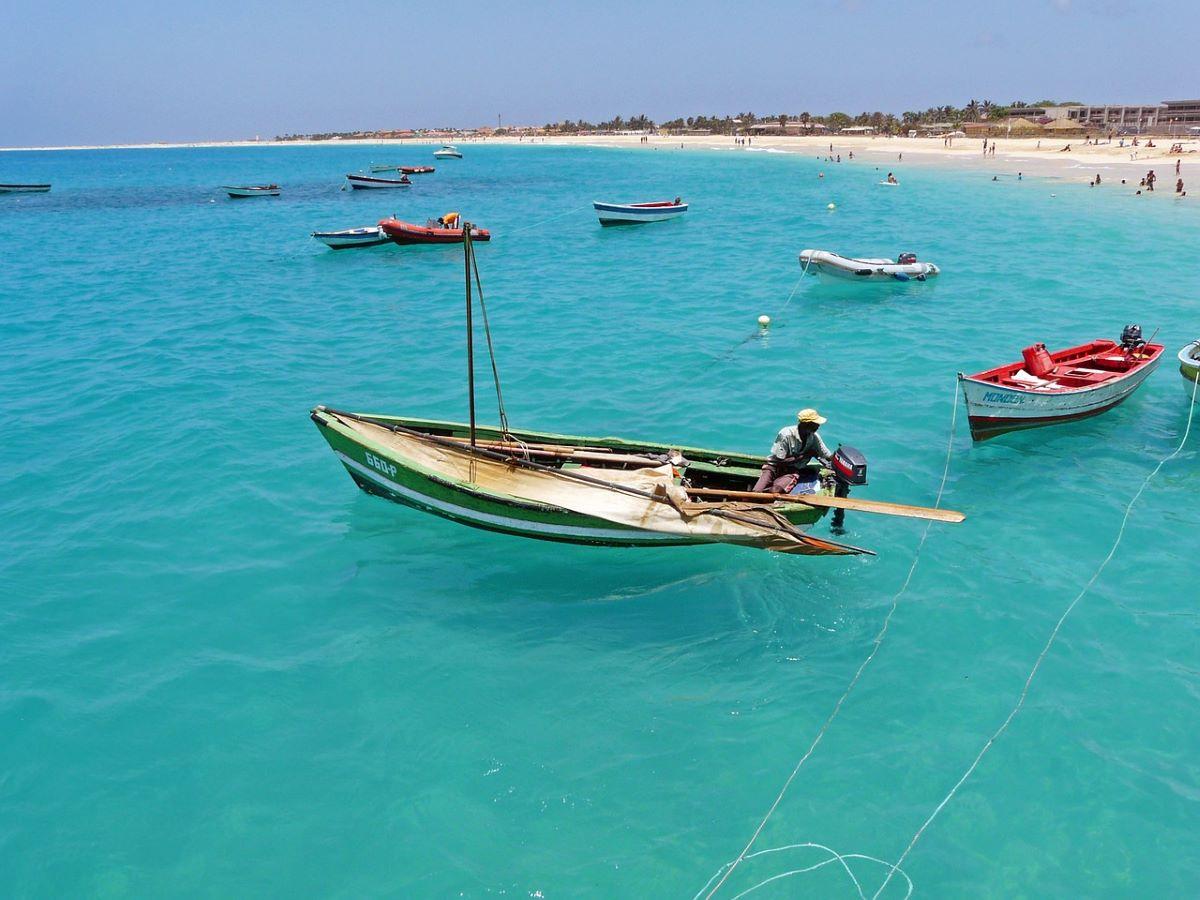 cap vert bateaux peche - 10 destinations pour votre voyage de noces