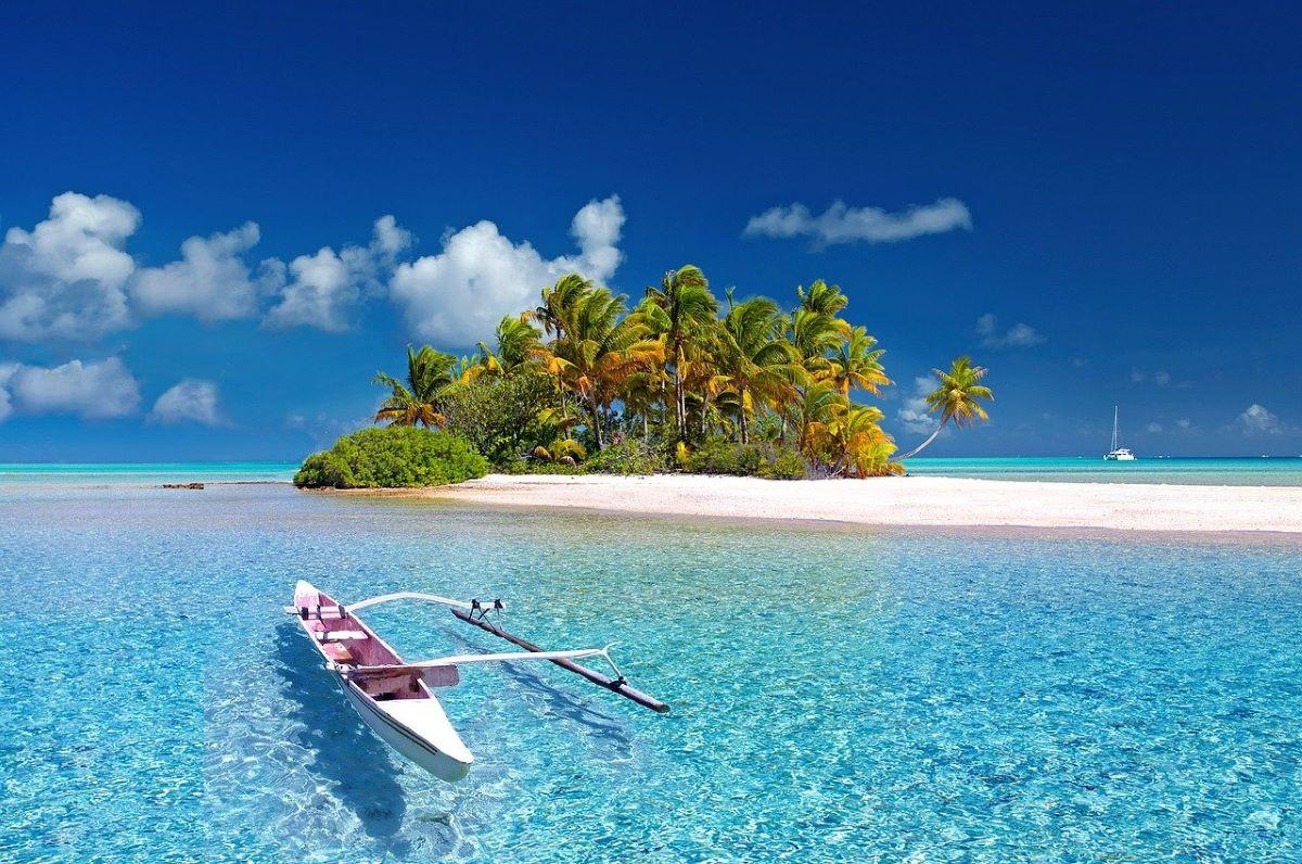 polynesia tahiti reve eau turquoise - 10 destinations pour votre voyage de noces