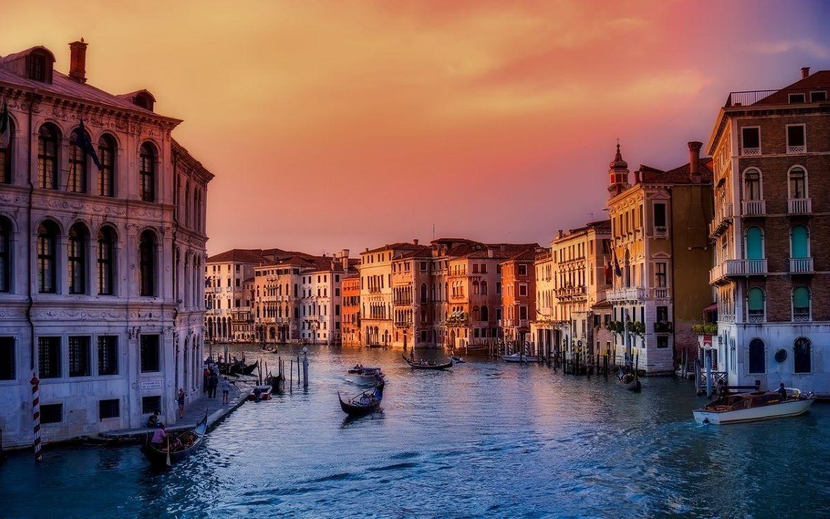 tourisme venise gandole - 10 destinations pour votre voyage de noces
