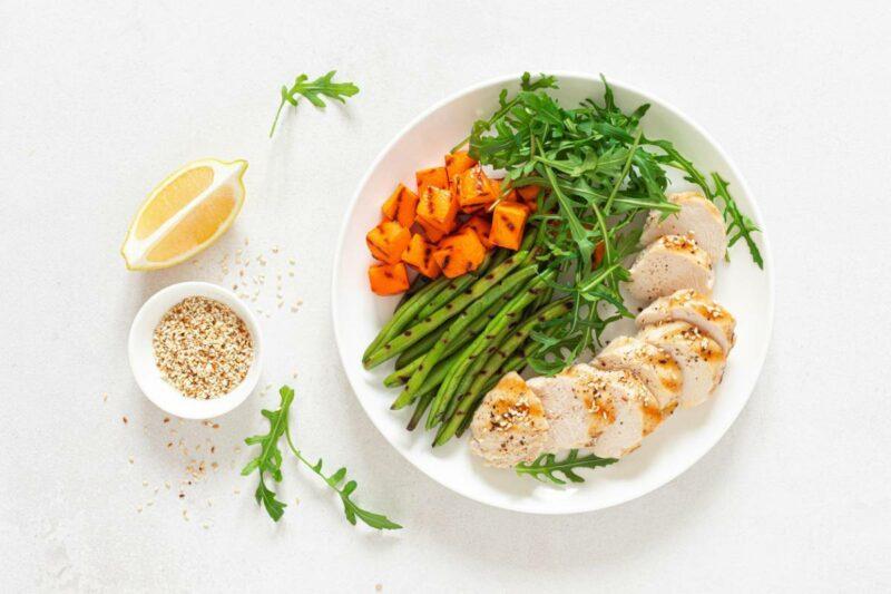 alimentation equilibree 800x533 - Comment adopter une alimentation saine et équilibrée ?