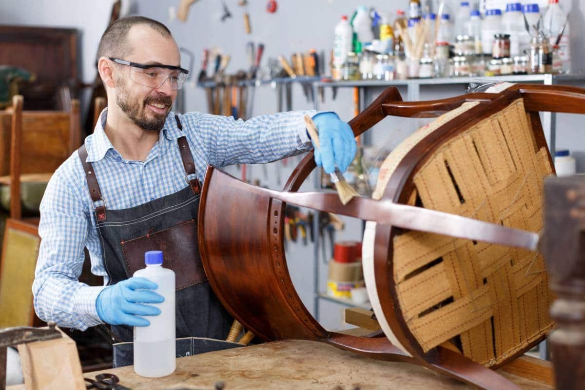 ebenisterie renovation passion meuble ancien - Meuble ancien : la passion de la rénovation en ébénisterie