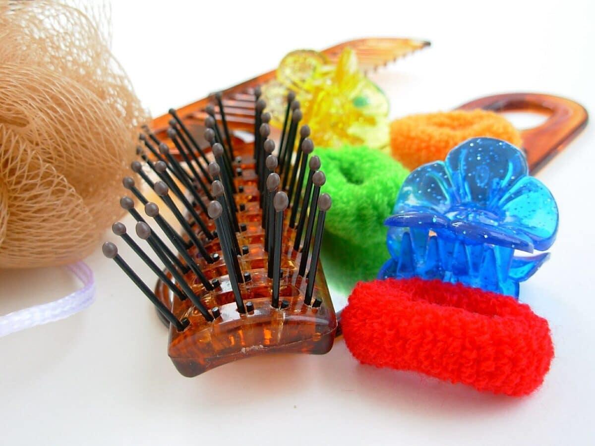 haircare 350076 1280 1200x900 - Liste des matériels  et d'équipements de coiffure indispensables