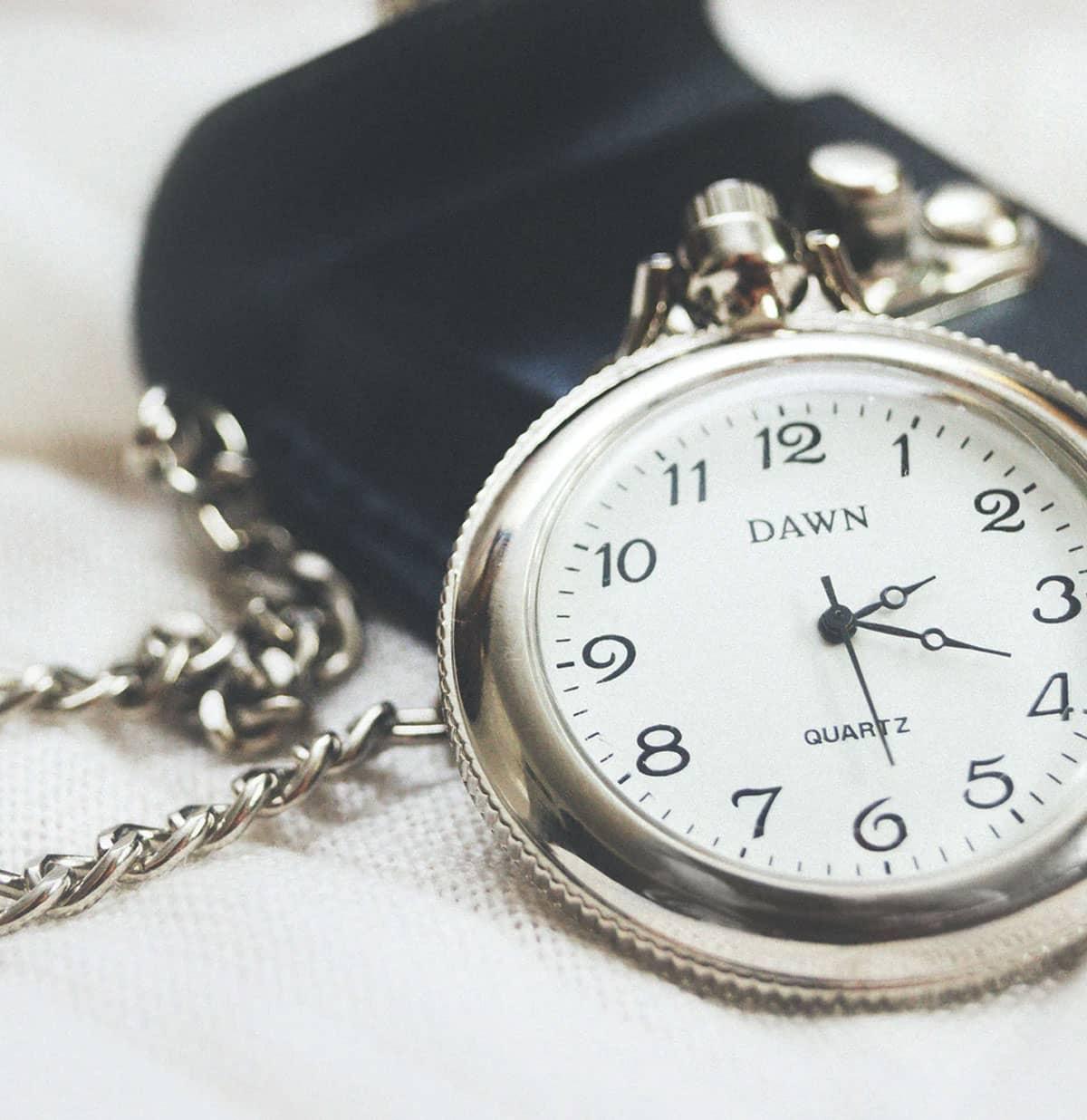 montre gousset mouvement quartz - La montre à gousset : pour un look toujours plus vintage !