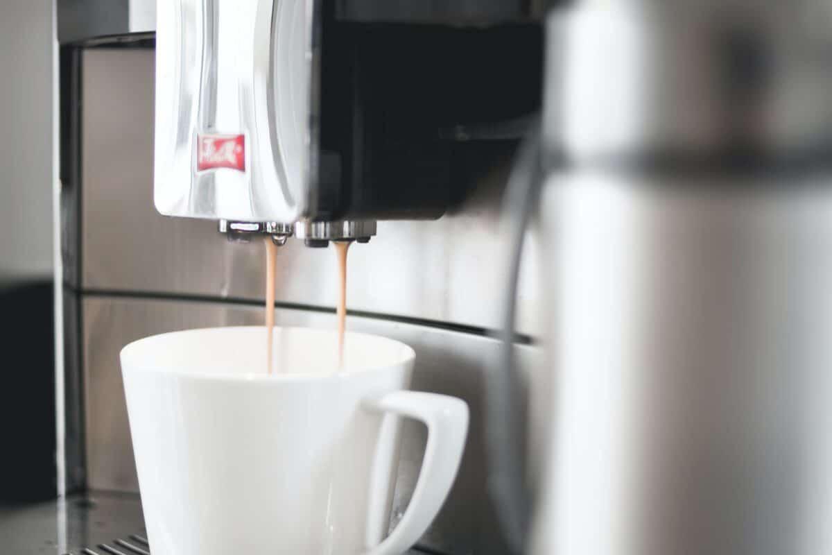 pexels dominika roseclay 912901 1 1200x800 - La cafetiere electrique à choisir pour faire du bon café
