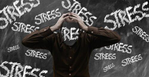 stress burn out 500x261 - Épuisement professionnel, comment surmonter le burn-out ?